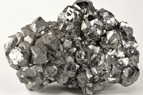 Бинарные опционы на серебро: особенности торговли и стабильного заработка